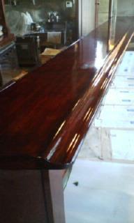 木製カウンター塗り替え後